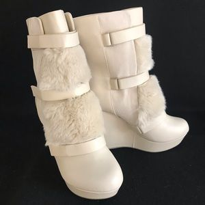 Juicy Couture Cream Leather Faux Fur Boots